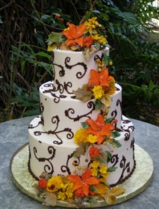Fashionable Fairytales: Fall and Halloween Themed Wedding Desserts