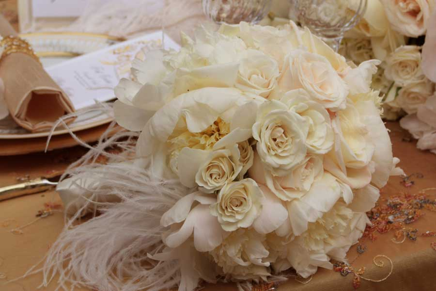 Wedding Bouquets With Feathers And Crystals : Viva la sposa wedding flowers inspiration by amber