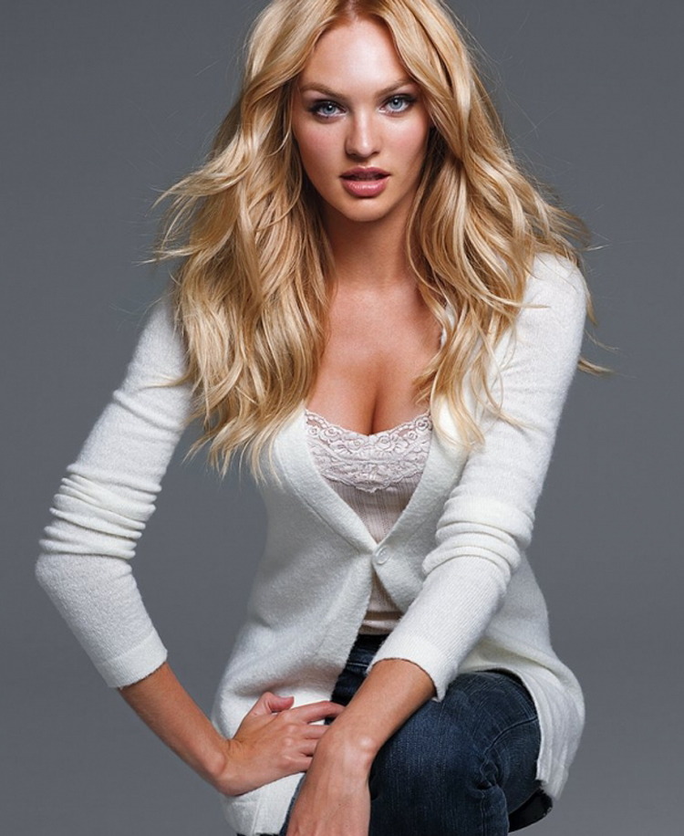 Candice Swanepoel Long Blonde Hairstyle