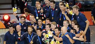 VOLEIBOL - Estados Unidos (oro) e Italia (plata) encabezaron la Copa Mundial para ir a Río 2016