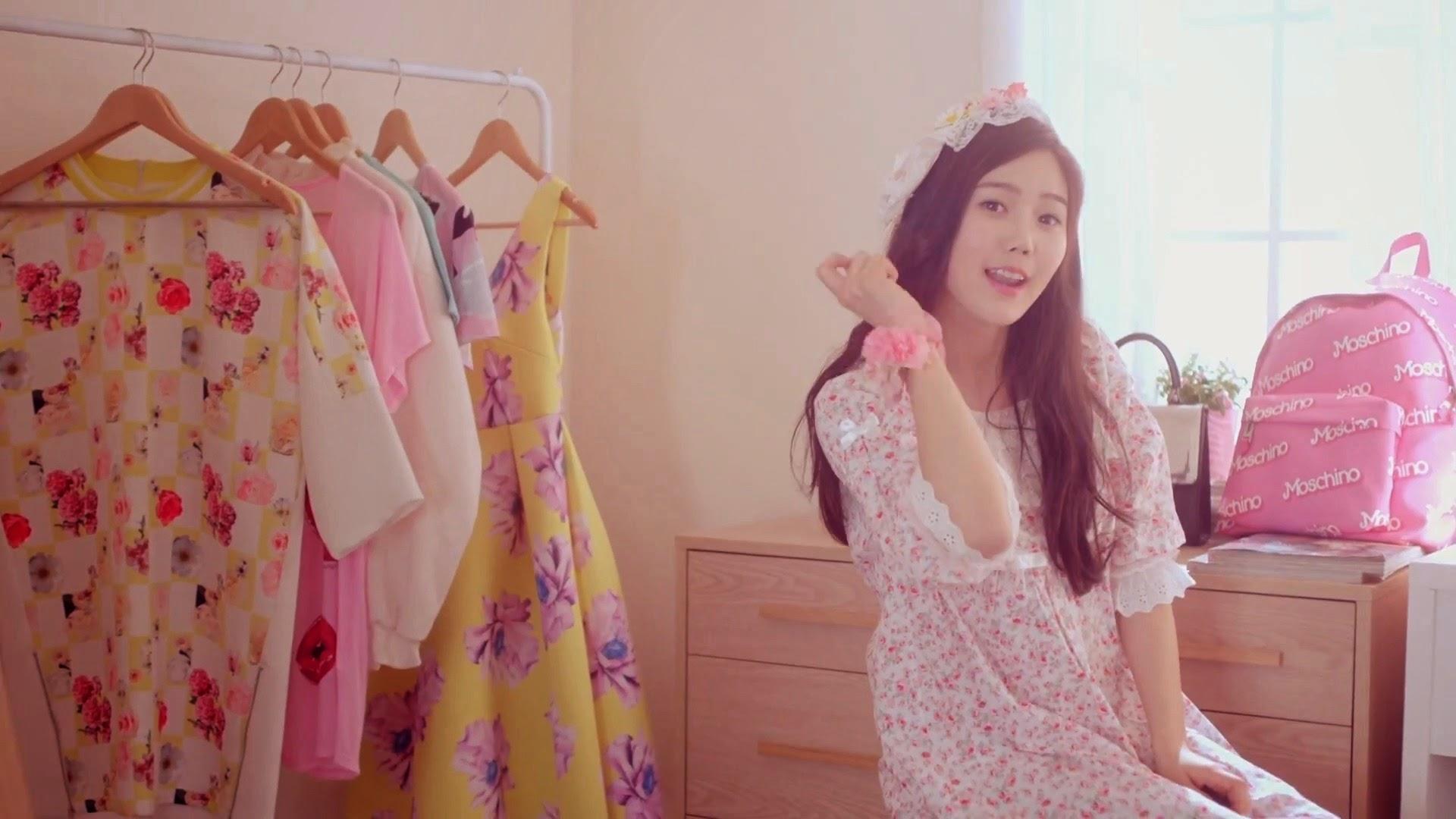 Oh My Girl's Hyojung in Cupid MV