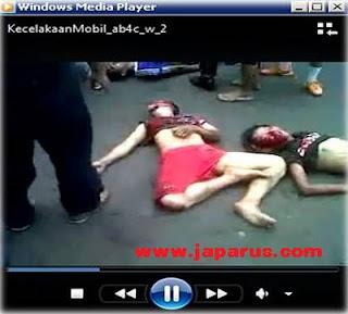 Berita, Download video dan Foto kecelakaan tugu tani