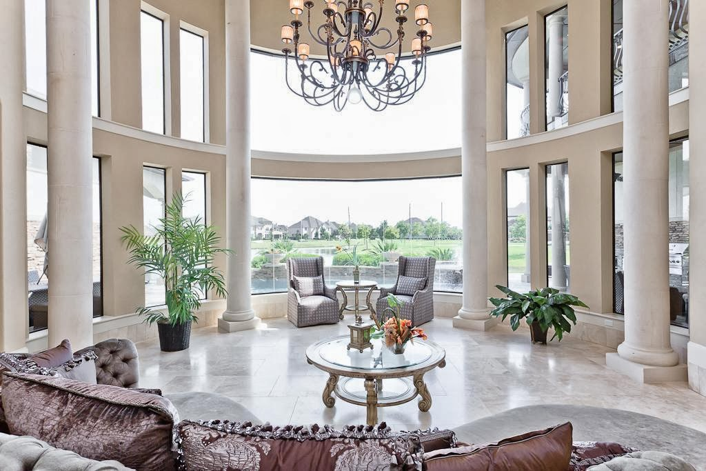 An Elegant Residence With A Grand Formal Entry