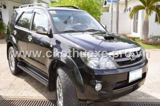 Cho thuê xe Toyota Fotuner 4x4