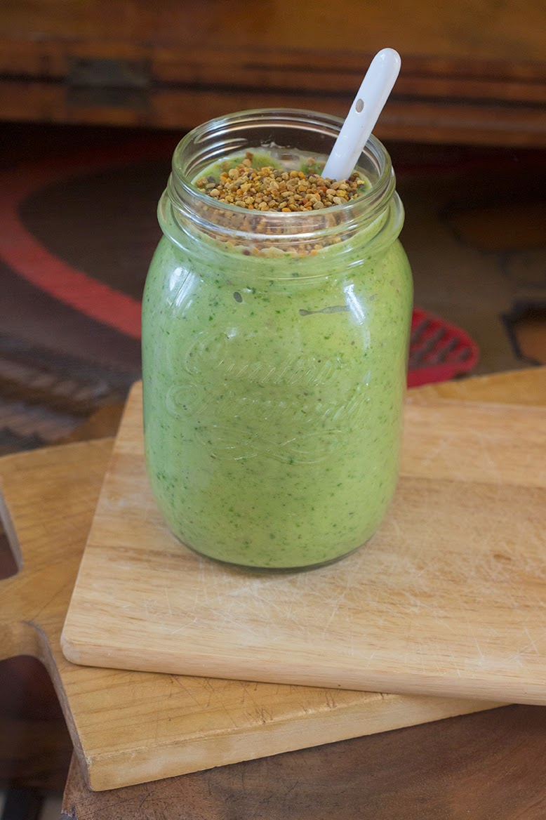 banana-spinach smoothie