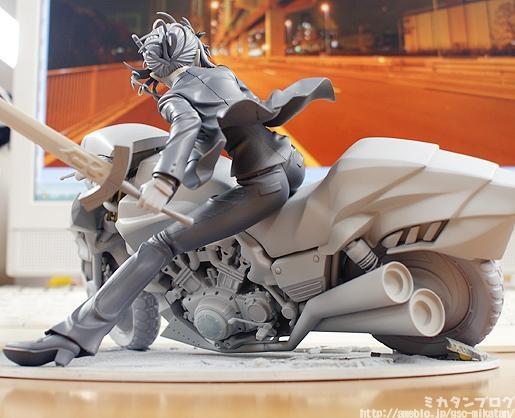 miniatura de Mulheres de moto, thumbnails of babes on bike, thumbnails of Women on bike,Women thumbnails motorbike, anime figure on bike, Miniatura de Saber em Moto, Saber figure on bike