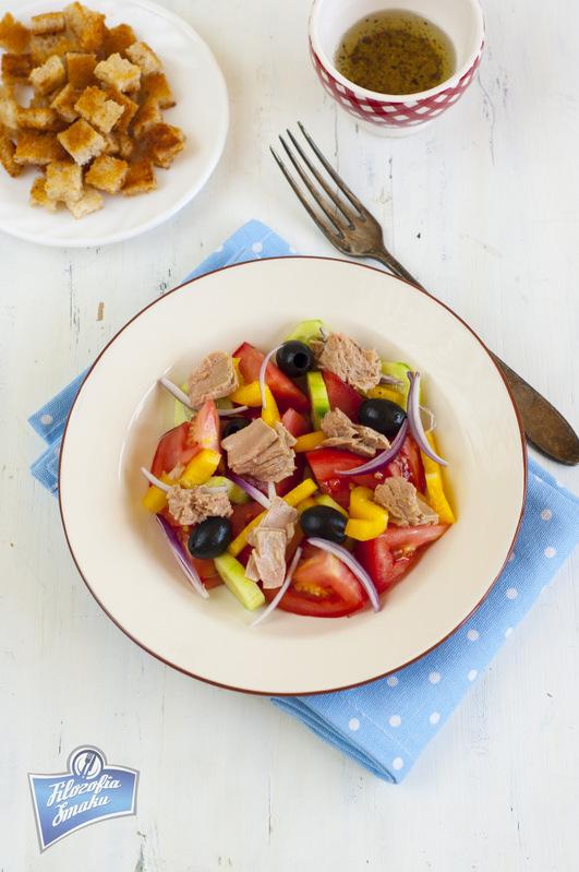 Panzanella z tuńczykiem przepis