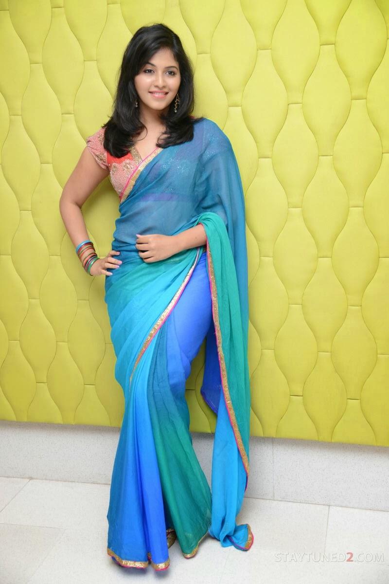 Anjali sexy figure in saree, Anjali in blue saree
