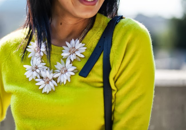 floral necklace statement trend idea