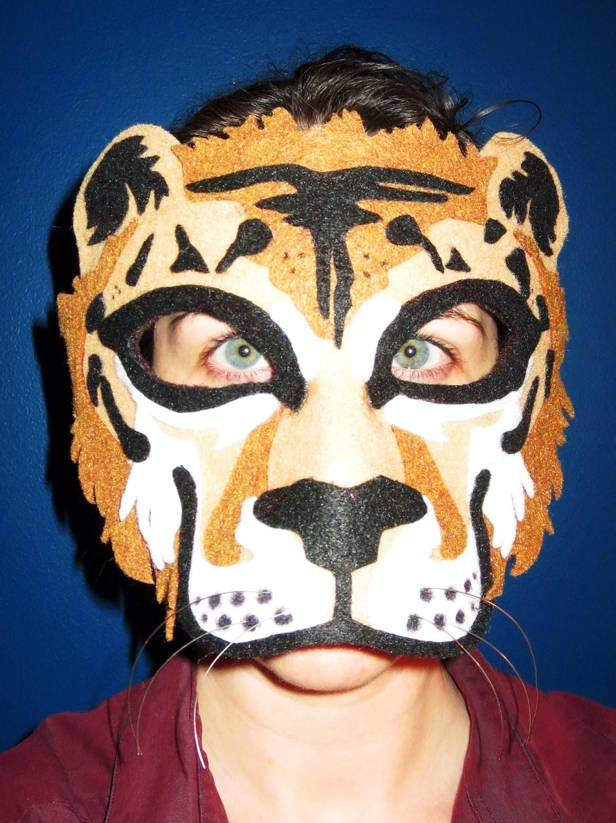 DIY Felt Liger Mask