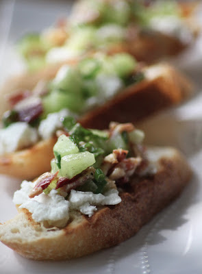 Chevre Crostini with Bacon Melon Relish