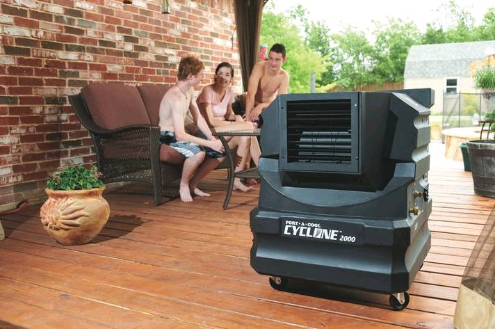 Small Adiabatiac Cooler To Cool Patio