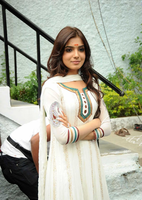 Actress Samantha in Cute in white churidar stills, Churidar Desgins Onlineactress pics