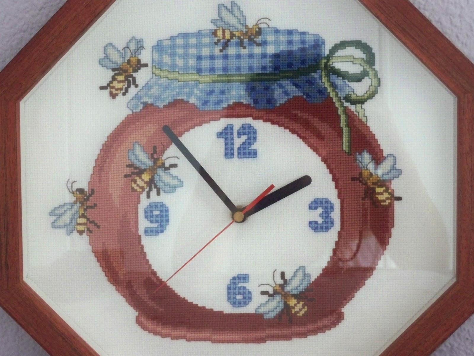 Cuesti n de coser reloj de cocina a punto de cruz for Punto de cruz para cocina
