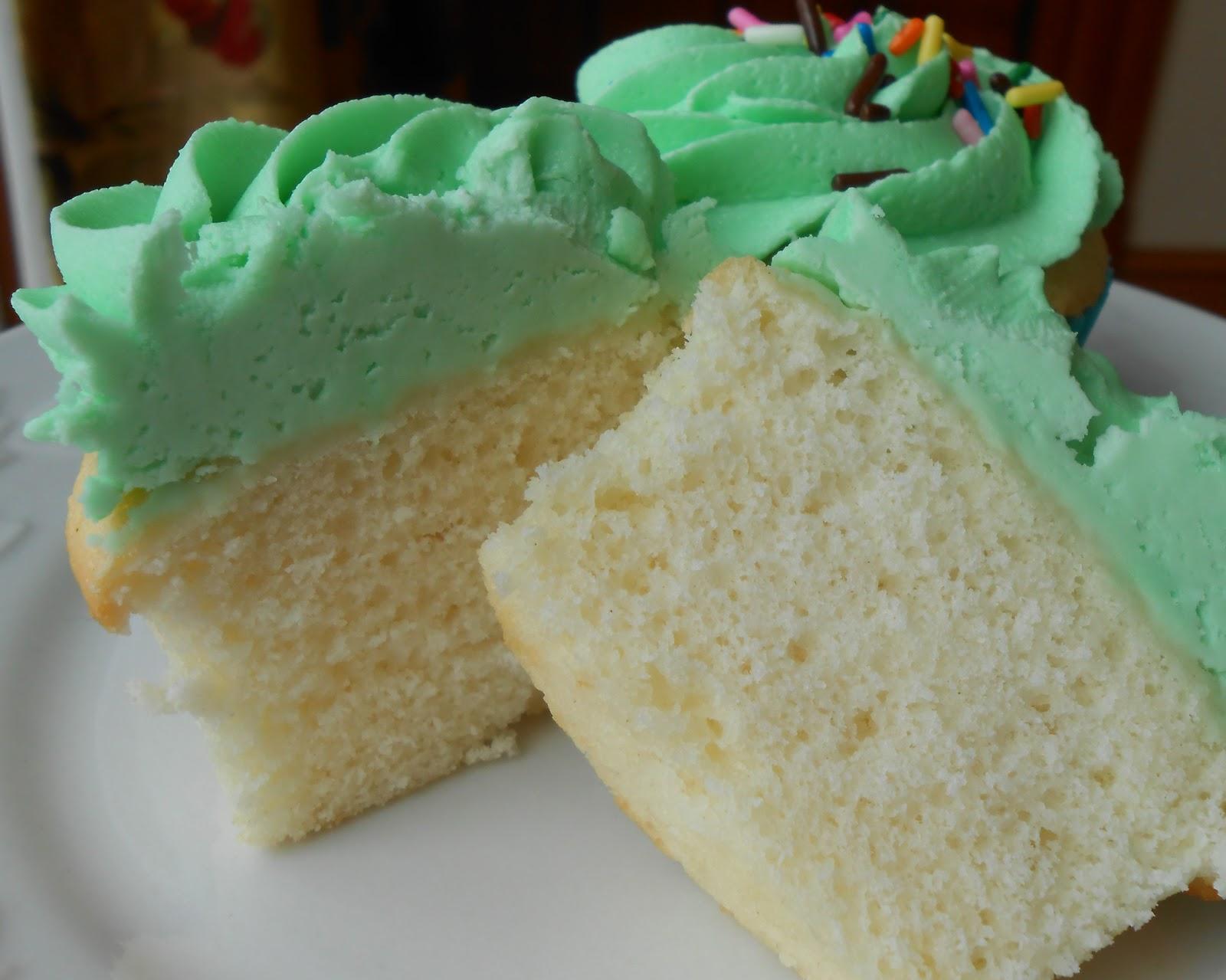 how to make a moist vanilla cake recipe