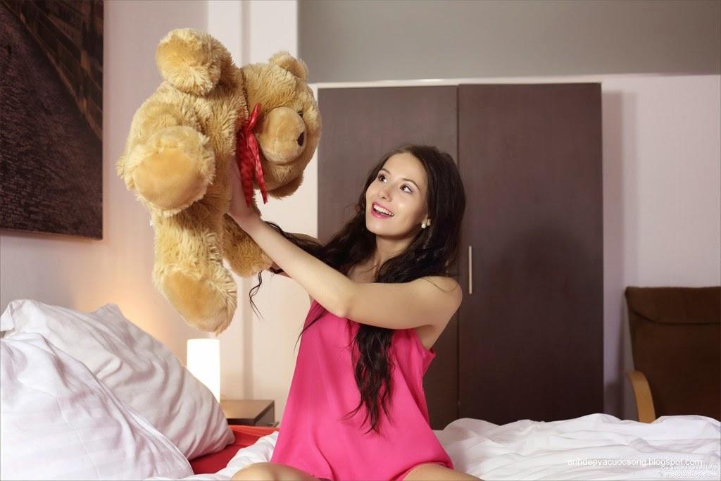 Người đẹp yêu thích gấu bông 2