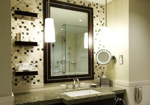 Làm mới phòng tắm bằng 7 cách không tốn tiền