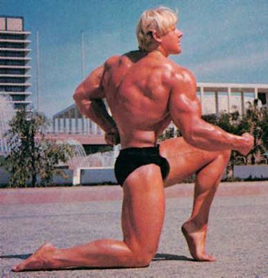 Strong Man: Top Muscular Man - Dave Draper, born in