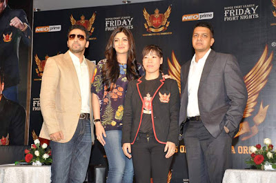 Shilpa Shetty, Raj & Mary Kom at SFL press meet