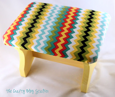 How to Upholster a Foot Rest