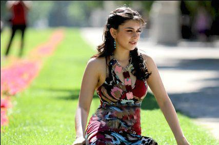 Hansika Motwani Hot Photo 2012 - (18) - Hansika Motwani Hot Photo Gallery