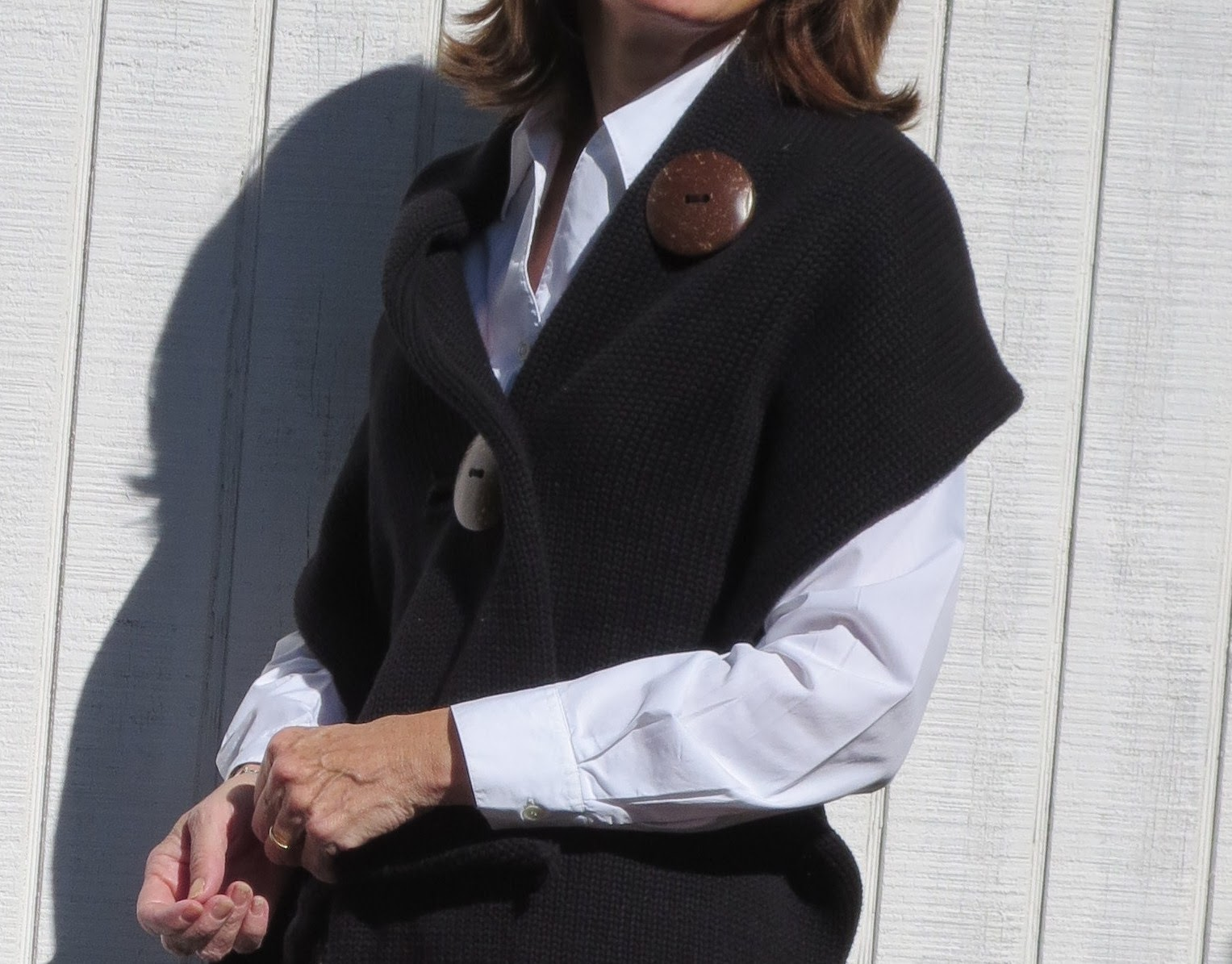 black and white trend for women over 50