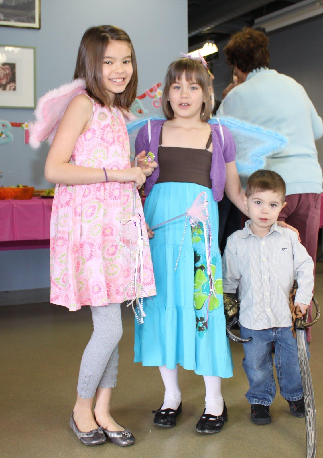 momstown Winnipeg: A Fairy Garden Party