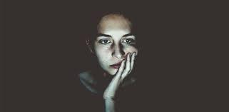لماذا المرأة دون غيرها؟