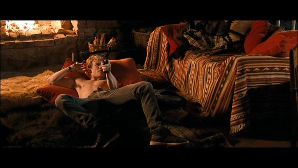 Edward speleers nude pic