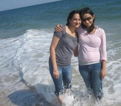 Dating arab girl college