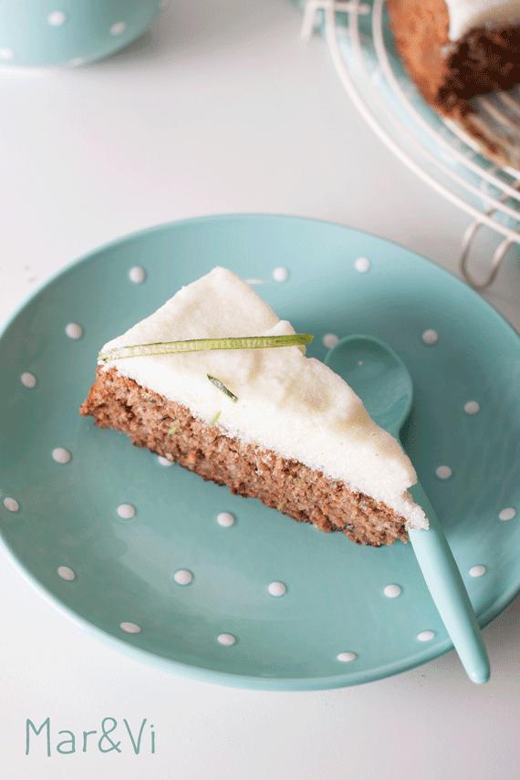tarta casera de calabacín y lima