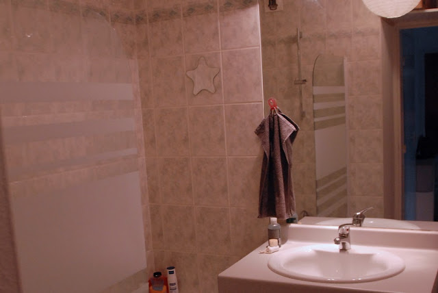 Un pot de peinture pour transformer sa salle de bain | Toute de rose ...