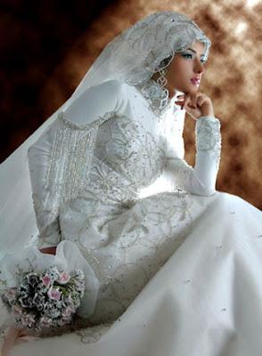 Itulah Gambar Gaun Pengantin Muslim bagaimana ne untuk kalian cocok