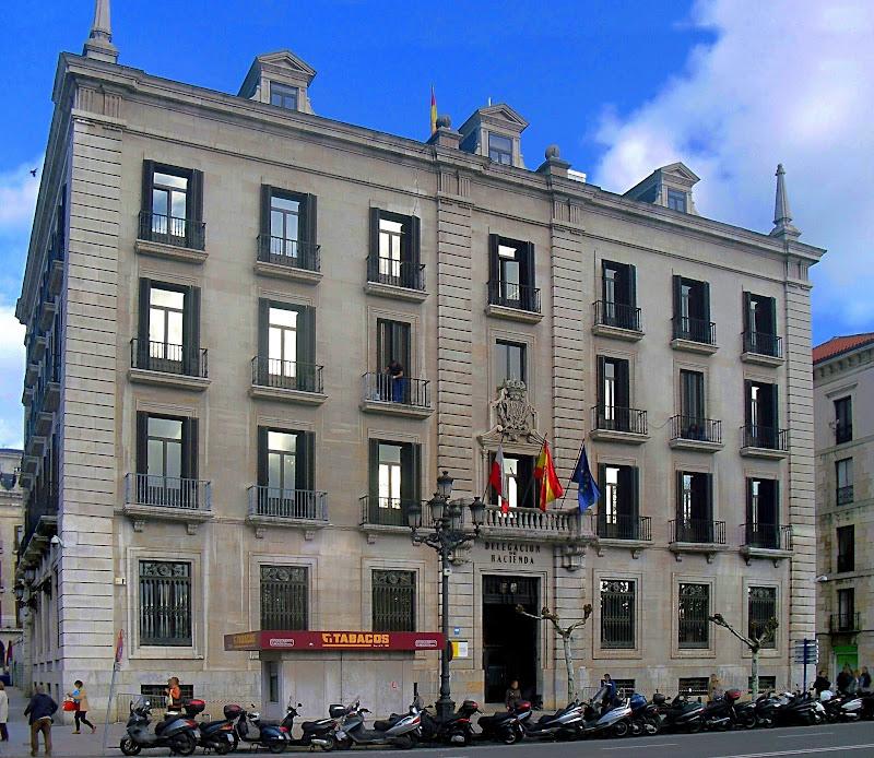 Edificio Delegación de Hacienda en Santander