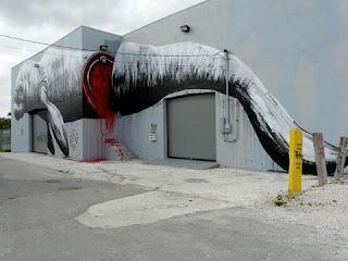 Muralist Roa Street Art