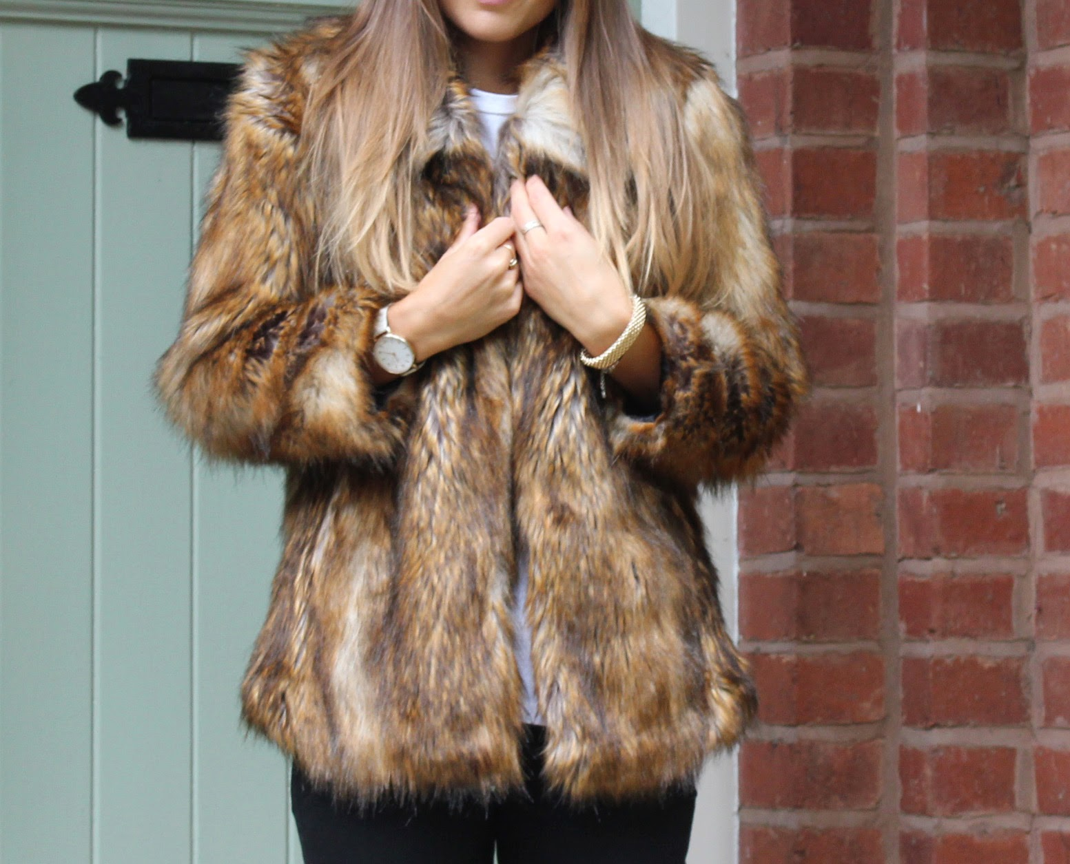 dcfb406700f I ve wanted a true vintage fur coat for ages!!! I ve trawled the charity  shops