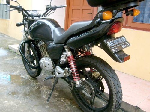 Modifikasi thunder EN 125 dan GSX 250 title=
