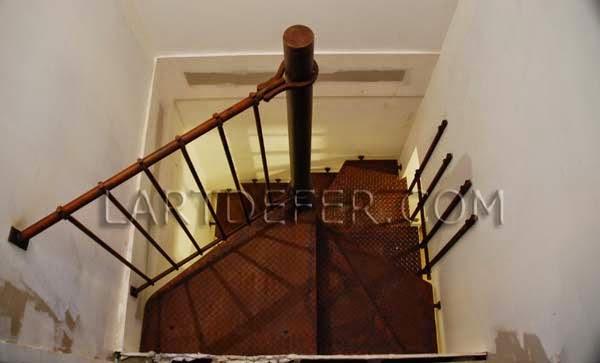 l de fer escalier en colima 231 on
