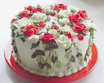 White look Valentine's Day Cake