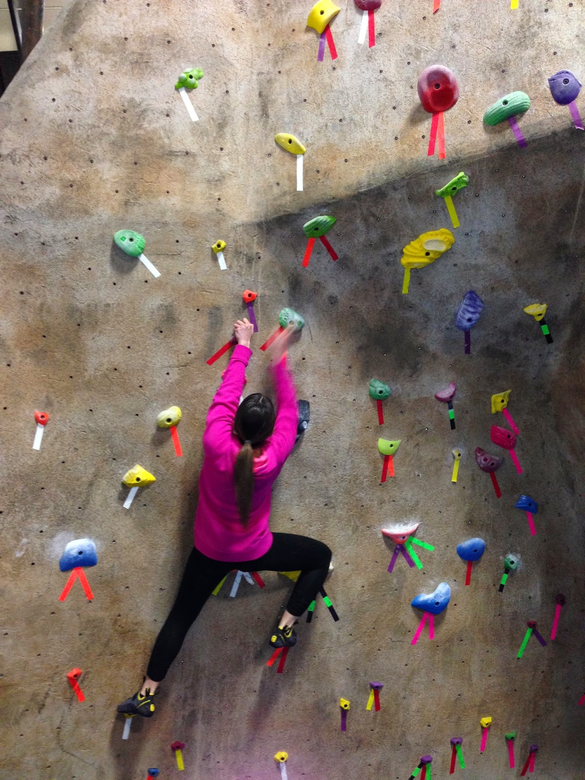 Indoor climbing at gravity vault