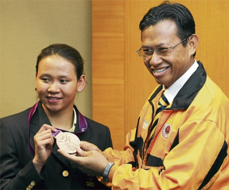 Malaysian Sports' Loose Cannon: August 2012