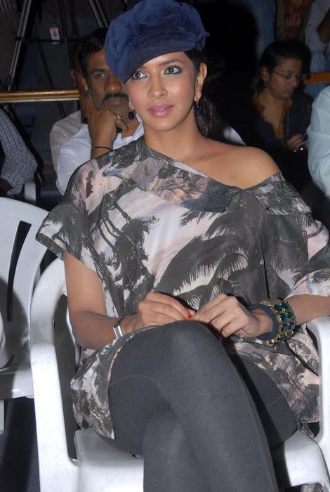 lakshmi manchu at ekaveera platinum disc event photo gallery