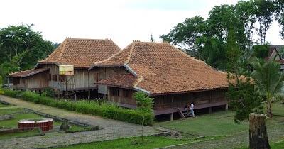 Infopublik 15 Tempat Wisata Menarik Di Provinsi Sumatera Selatan