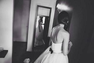 interview creatrice de robe de mariée jardin d'étoffe atelier nanatais estelle reucher robe de mariée inspiration Dior retro robe tulipe haute couture