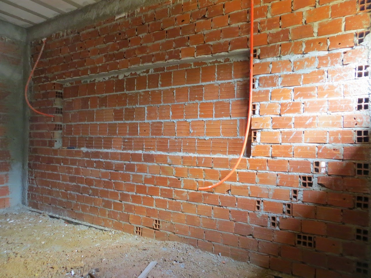 Imagens de #995B32 Detalhe do recuo na parede onde vai ter um armário embutido!! 1280x960 px 2742 Box Banheiro Passo Fundo