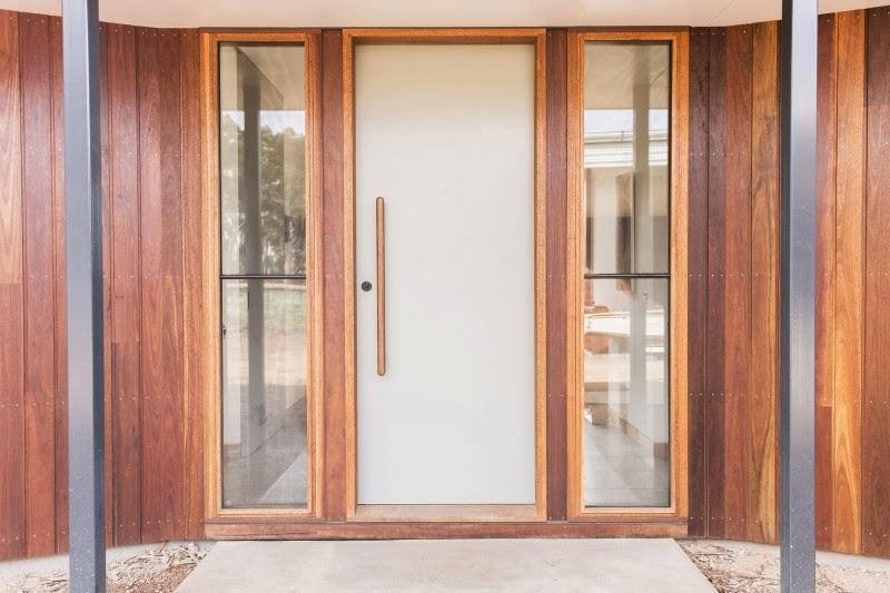 Creative and energy-efficient: leura lane house in australia