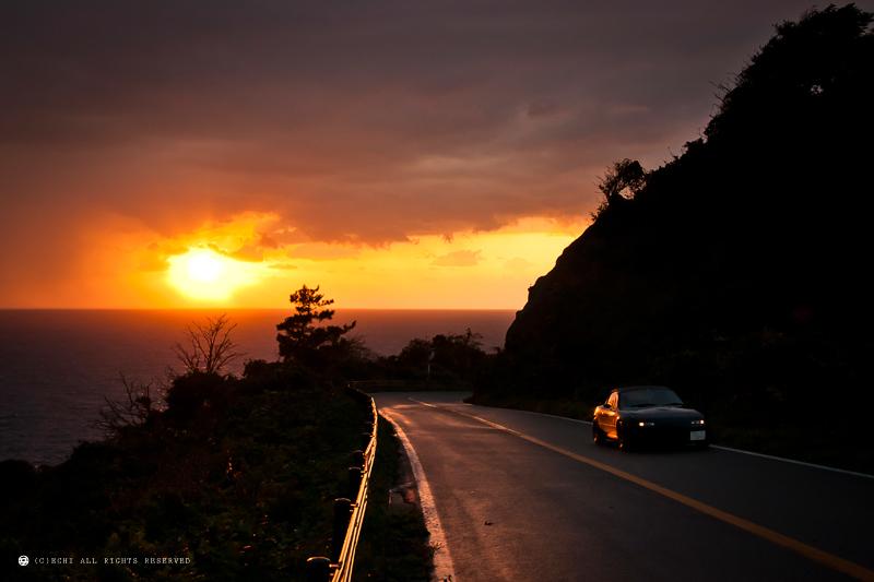 Mazda MX-5 NA, japoński sportowy samochód, motoryzacja, jdm, zdjęcia, fotki, photos, tuning, nocna fotografia, samochody nocą, po zmroku, auto, kultowy, znany, legendarny, roadster, ponadczasowy, Jinba ittai