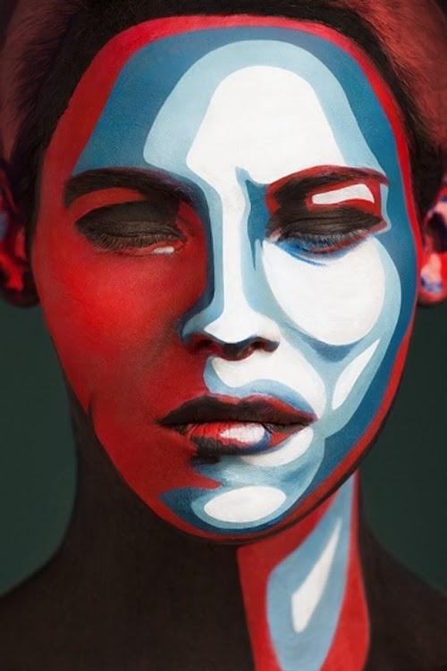 05-Video-Photographer-Alexander-Khoklov-Body-Painter-Valeriya-Kutsan-2D-Or-Not-2D-www-designstack-co