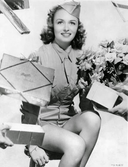 Frumusete de weekend: Donna Reed