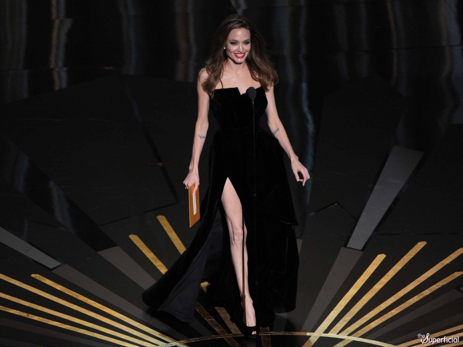 Angelina jolie leg at the 2012 oscars brad pitt angelina jolie